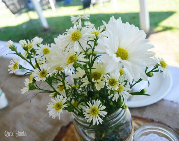 daisy centerpiece