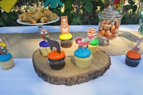 woodland tribal desserts cupcakes